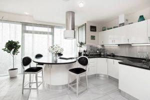 Кухни с фасадами из пластика из металла на заказ по индивидуальному дизайну